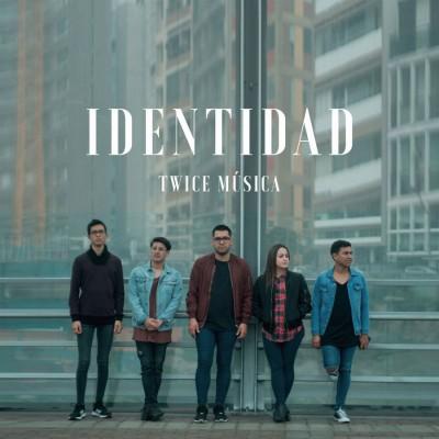 Twice - Identidad (2018)