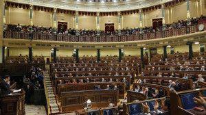 Trei activiste feministe dau buzna în Parlamentul Spaniei