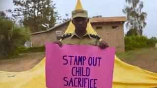 Copii sacrificați în Uganda | AO NEWS