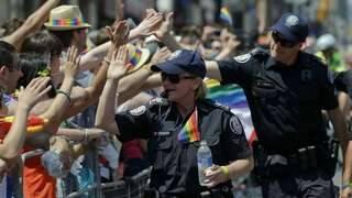 Un pastor a fost avertizat de poliție să nu jignească persoanele LGBT | AO NEWS