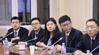 Diplomații chinezi își încheie turneul în Orientul Mijlociu | AO NEWS