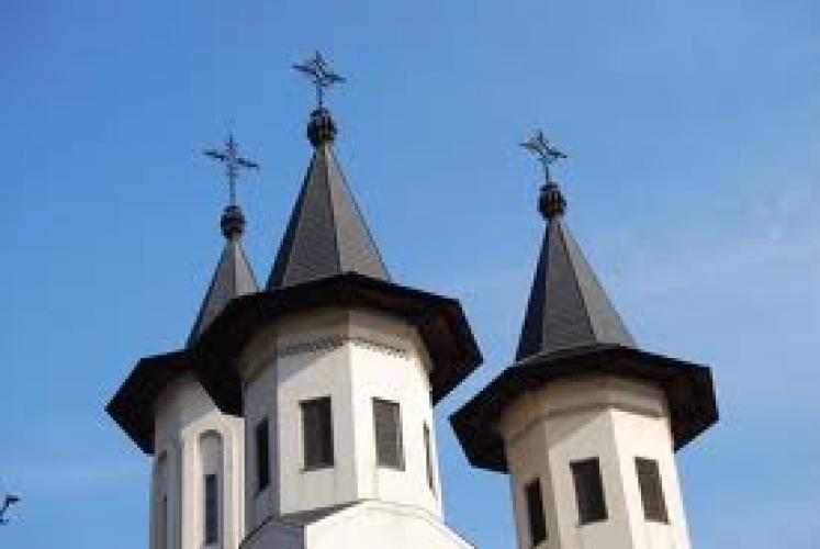 Încrederea românilor în Biserică a scăzut