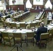 UK: Membrii Parlamentului iau în discuție problema persecuției împotriva creștinilor